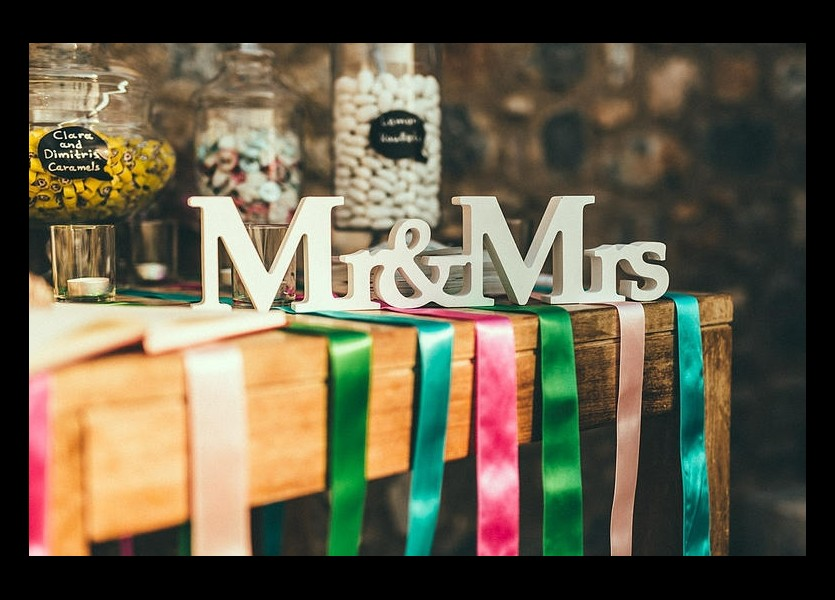 Mr & Mrs Sign in Hydra Wedding