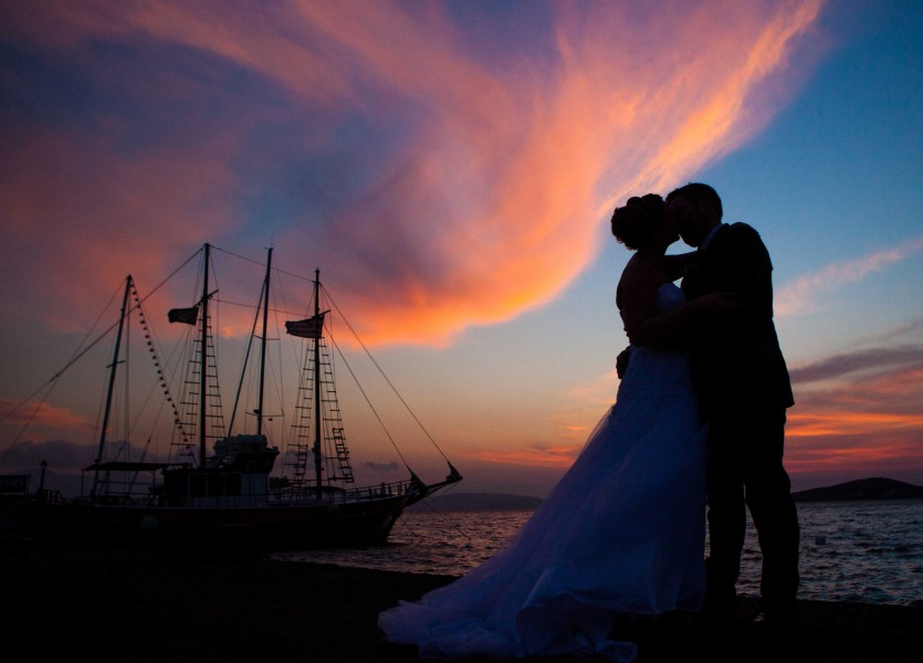 Wedding Planner in Naxos. Amazing Beach Wedding Venue with magical sunset.