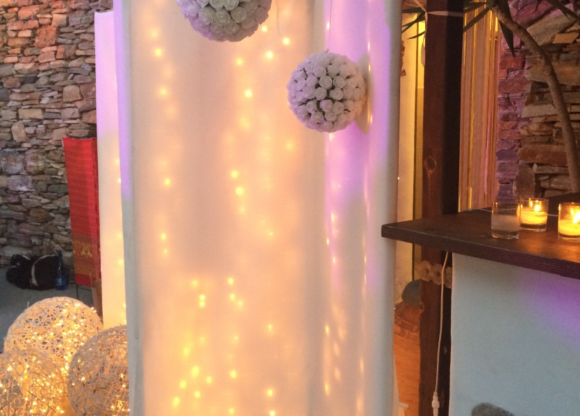Lights and flower balls! Candles, love and magical atmosphere in Greece.