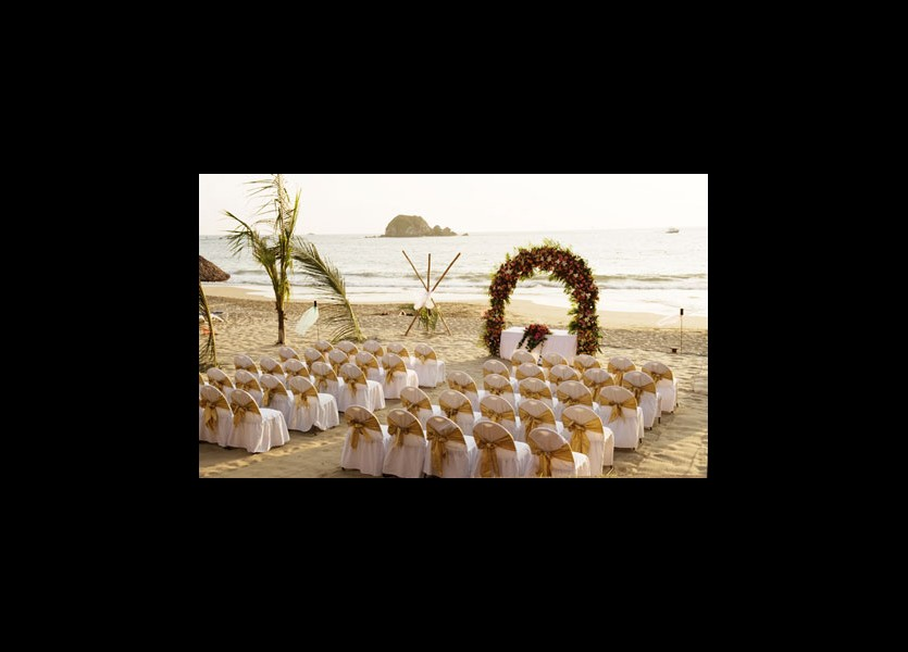 Chalkidiki Beach Wedding Seating Arrangement