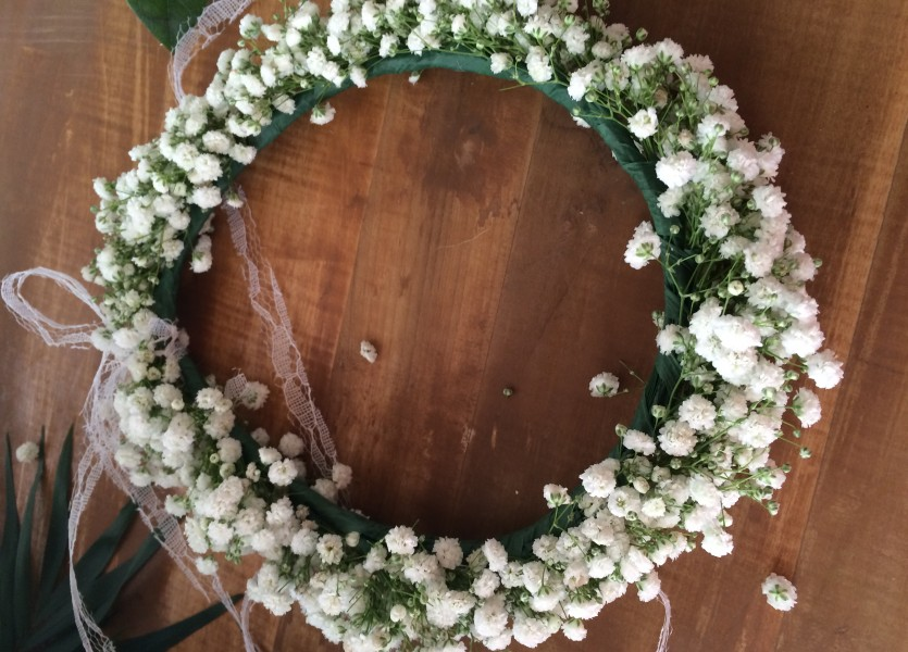 Babies Breath Wreath for Bridesmaids in Naxos Wedding