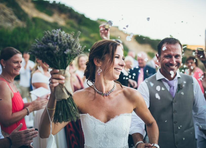 Tie the know in Greece. Greek islands destination weddings.