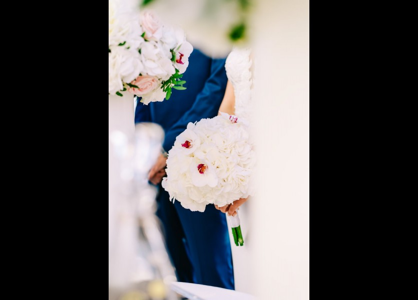 bridal bouquet mykonos