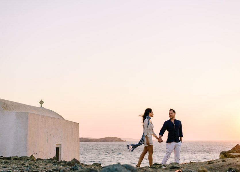 couple photo session in mykonos