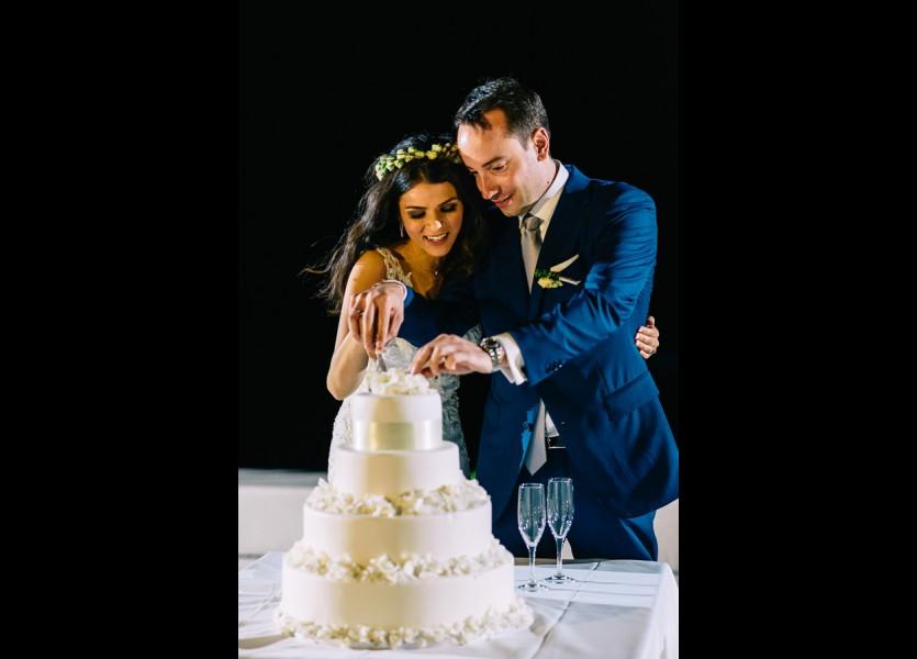 wedding cake mykonos