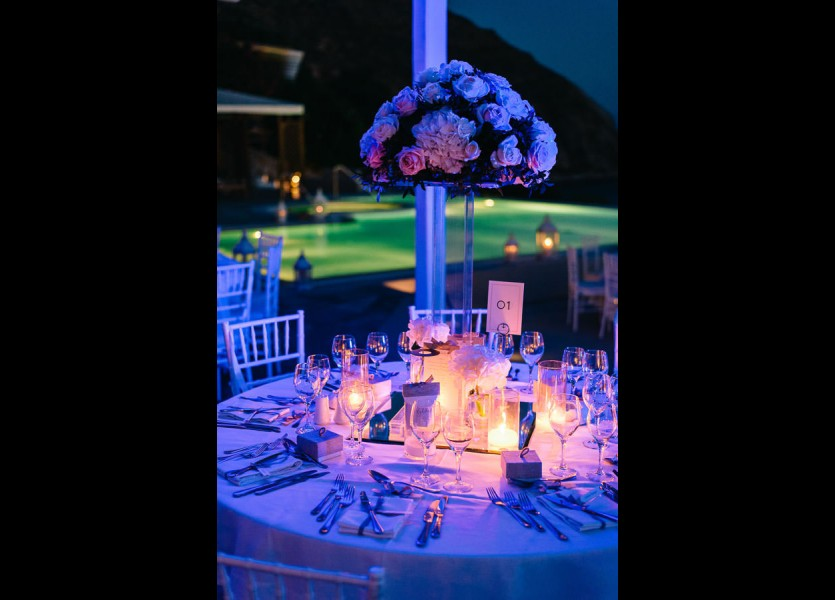 wedding decor in mykonos