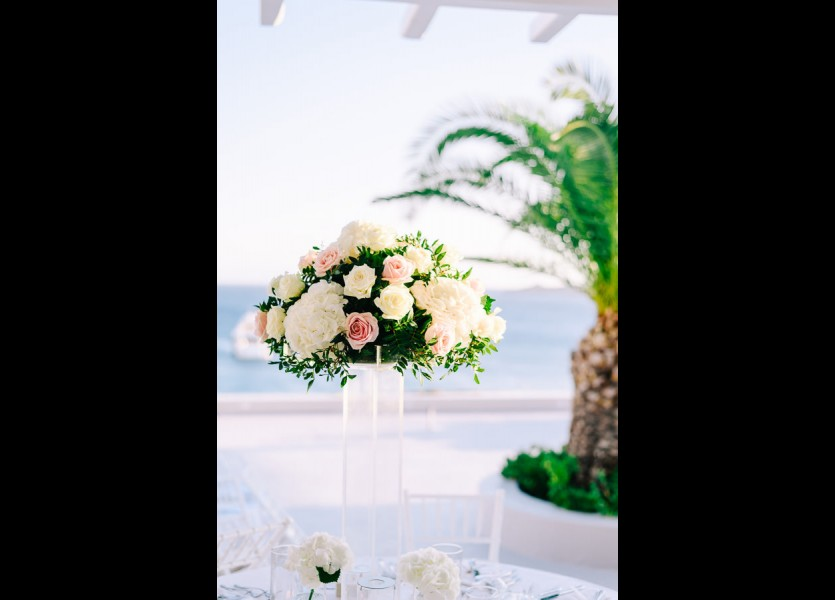 wedding decoration in mykonos